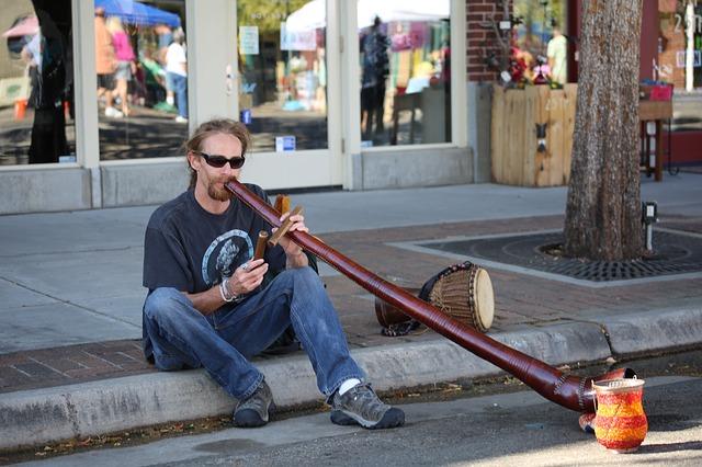 didgeridoo-446132_640